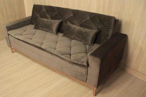 Sofá de 3 Lugares Marrom 2,10 m de Largura - Modelo Sofia